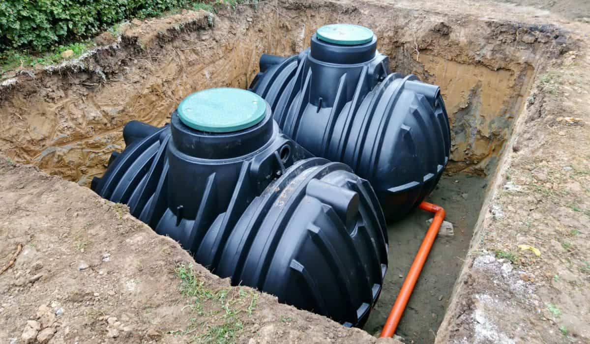 Water harvesting containers